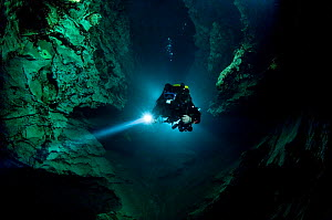 Cave diver, Matej Mihailovski, exploring the Moln�r J�nos cave under the city of Budapest, Hungary, May 2009  -  Wild Wonders of Europe / Hodalic