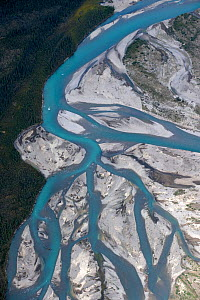Aerial view of the Silverberry River, Backbone Range, Mackenzie Mountains, Northwest Territories, Canada - Patricio Robles Gil