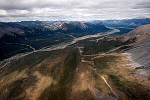 Aerial view of the Mackenzie Mountains, Northwest Territories, Canada - Patricio Robles Gil
