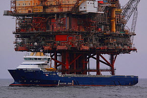 "Oil rig supply vessel ""Strilmoy"" at the ""Beryl bravo"" platform, North Sea, March 2010. - Philip Stephen"