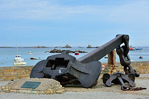 Anchor of the Amoco Cadiz oil tanker, wrecked in March 1978 at Portsall, Brittany, France, June 2009 - Philippe Clement