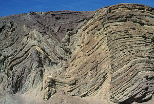 Anticline and syncline. Southern California, USA. - Visuals Unlimited