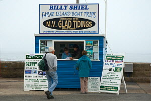 Ticket booth selling tickets for a boat trip to visit the Farne Islands, Seahouses, Northumberland, UK, June 2008  -  Edwin Giesbers