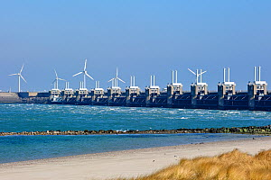Oosterscheldekering / Eastern Scheldt storm surge barrier, the largest of 13 dams designed to protect the Netherlands from flooding. Neeltje Jans, Netherlands, March 2010 - Philippe Clement