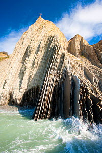Zumaia beach with vertical rock striations, Basque Coast, San Sebastian, Northern Spain, April 2010.  -  Inaki Relanzon