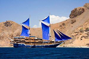 "Scuba diving charter vessel ""Cheng-Ho"" in Komodo National Park, Indonesia.  -  David Fleetham"