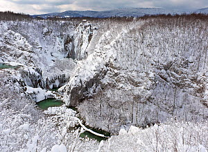 Sastavci falls and Korana gorges, after snowfall  in winter, Plitvice Lakes National Park, Croatia - Angelo Gandolfi