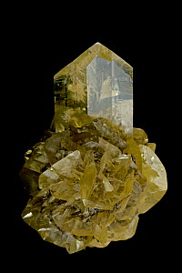 Selenite (CaSO4-2H2O, Hydrous Calcium sulfate), a crystalline form of gypsum. The massive form of gypsum, found in alabaster, is widespread and commercially important, used for the manufacture of plas...  -  John Cancalosi