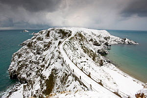 The isthmus between Greater and Little Sark, bound in snow. The heaviest snowfall on Sark in living memory. Channel Islands, UK, December 2010.  -  Sue Daly