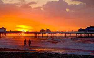 Cromer Pier at sunset, Cromer, Norfolk, UK, July - Ernie Janes