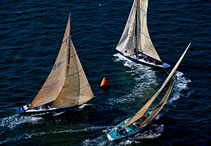 Aerial view of yachts racing around marker during the 12 Metre North American Championships. Newport, Rhode Island, USA, September 2010. All non-editorial uses must be cleared individually.  -  Onne van der Wal