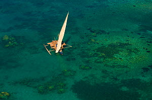 Vezo fisherman boat seen from the air in shallow waters. Nosy Be, north Madagascar, Africa, June 2007. - Inaki Relanzon