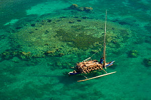Vezo fisherman boat seen from the air. Nosy Be, north Madagascar, Africa, June 2007. - Inaki Relanzon