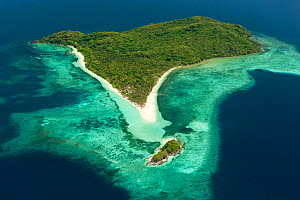 Aerial view of a coastal island with white sand beaches, Palawan, Philippines, May 2009.  -  Jurgen Freund
