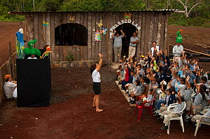 School children watching a Puppet Show explaining environmental issues, presented by members of the Charles Darwin Research Station, Public Relations Department, Puerto Ayora, Santa Cruz Island, Galap...  -  Pete Oxford