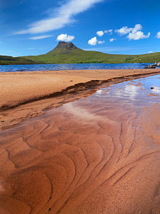 Sandy shore of Loch Lurgain with Stac Pollaidh in the background, Highlands, Scotland, UK, June 2011 - Joe Cornish / 2020VISION