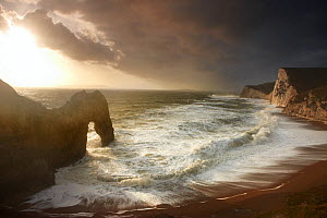 Rough seas at Durdle Door, Dorset, England, November 2009.  -  David Noton