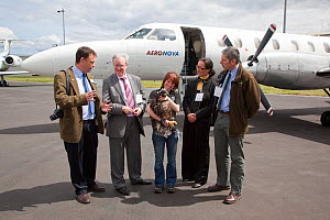 Claire Smith (RSPB) and MSP Stewart Stevenson and others on arrival of Norwegian White tailed sea eagle chicks (Haliaeetus albicilla) at Edinburgh airport, part of the East Scotland Sea Eagle reintrod... - Peter Cairns / 2020VISION