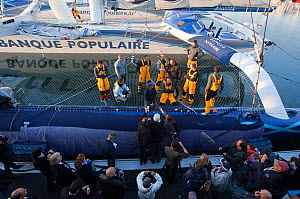 Spectators and media watching maxi-trimaran 'Banque Populaire V' depart on Jules Verne Trophy attempt. Brest, France, November 2011. All non-editorial uses must be cleared individually.  -  Benoit Stichelbaut