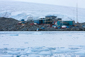 US research base at Palmer station, Ambers island, Antarctic Peninsula, Antarctica, February 2009, Taken on location for BBC Frozen Planet series  -  Kathryn Jeffs