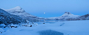 Panoramic of Sgurr Tuath and Stac Pollaidh at dawn, with frozen Loch Lurgainn in foreground, Coigach, Wester Ross, Scotland, UK, December 2010  -  Mark Hamblin / 2020VISION