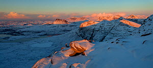 Panoramic view from Sgurr an Fhidhleir towards Stac Pollaidh at sunset, Coigach, Wester Ross, Scotland, UK, December 2010 - Mark Hamblin / 2020VISION