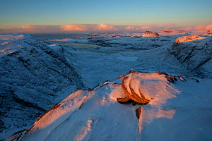 View from Sgurr an Fhidhleir towards Stac Pollaidh at sunset, Coigach, Wester Ross, Scotland, UK, December 2010 - Mark Hamblin / 2020VISION