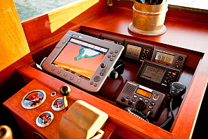 Navigation station on board restored classic motor yacht 'Bystander', USA, June 2011. All non-editorial uses must be cleared individually. - Onne van der Wal