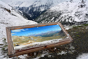 Map showing Grossglockner High Alpine Road with the Hohe Tauer Ridge, Hohe Tauern National Park, Austria, Europe, May 2009  -  Konstantin Mikhailov