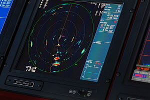 Sonar screen on the bridge of the pelagic trawler 'Charisma' showing shoals of Atlantic mackerel, Shetland Isles, Scotland, UK, October 2011 - Chris Gomersall / 2020VISION