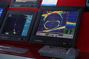 Sonar displays on the bridge of the pelagic trawler 'Charisma' showing position of net and shoals of Atlantic mackerel (Scomber scombrus), Shetland Isles, Scotland, UK, October 2011 - Chris Gomersall / 2020VISION
