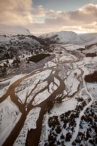 Aerial view over Glenfeshie in winter, Cairngorms National Park, Scotland, UK, January 2012  -  Peter Cairns / 2020VISION