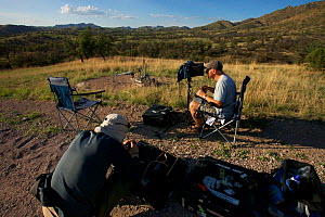 Gavin Thurston and Howard Bourne, filming Harvester ants in Arizona, with 'Frankencam', specialised camera equipement for filming ants.  -  Martin Dohrn