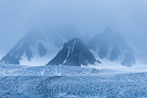 Mist above Monaco Glacier, North west of Spitsbergen, Svalbard, Norway, August - Roy Mangersnes