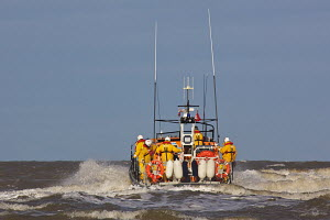 Launching the Hoylake RNLI Lifeboat 'Lady of Hilbre' during training exercise. Hoylake, Wirral, Merseyside, England, February 2012. For editorial use only. - Graham Brazendale