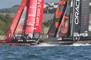 Teams 'Oracle 5' and 'Emirates Team New Zealand' rounding the mark during the America's Cup World Series in Plymouth, England, September 2011. All non-editorial uses must be cleared individually.  -  Ingrid Abery