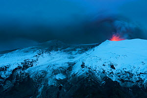 Ash plume and lava eruption from the Eyjafjallajokull volcano, Iceland, April 2010  -  Orsolya Haarberg