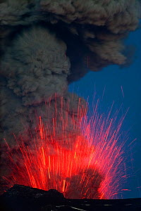 Ash plume and lava erupting from the Eyjafjallaj�kull volcano, Iceland, May 2010 - Erlend Haarberg
