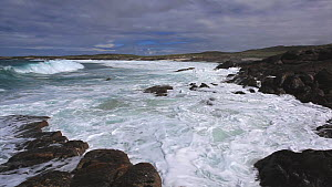 Waves breaking on rocky shore, North Uist, Outer Hebrides, Scotland, UK, May  -  Peter  Cairns / 2020VISION