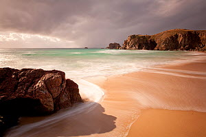 Mangerstadh beach. Lewis, Western Isles, Scotland, April 2012. - Peter Cairns / 2020VISION