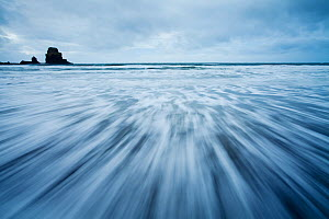 Receding wave shot with long exposure. Talisker Bay, Isle of Skye, Scotland, UK, October 2011. - Mark Hamblin / 2020VISION