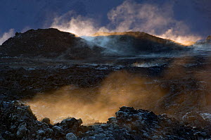 Acidic steam and solidified lava surface at Leirhnjukur, Iceland 2008 - Erlend Haarberg