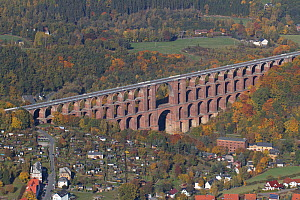 Goltzsch Viaduct, the largest brick bridge in the world, seen from the air. Northern Vogtland, Thuringia, Germany, October 2012.  -  Kerstin Hinze
