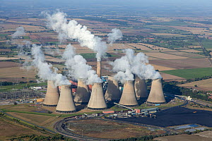 Aerial view of Cottam power station, near Retford, Nottinghamshire, owned by EDF Energy. This power station is coal-fired. October 2012.  -  Chris Mattison