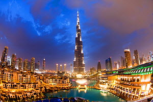 The Burj Khalifa at night, completed in 2010, the tallest man made structure in the world, Dubai, United Arab Emirates, 2011 - Gavin Hellier