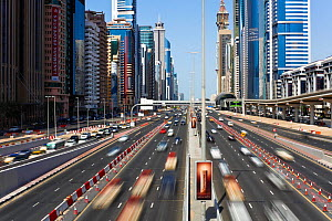 Sheikh Zayed Rd, traffic and new high rise buildings along Dubai's main road, United Arab Emirates 2011. No release available. - Gavin Hellier