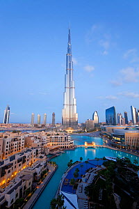 The Burj Khalifa at dusk, completed in 2010, the tallest man made structure in the world, Dubai, United Arab Emirates 2011 - Gavin Hellier