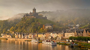 Timelapse of clouds forming and moving around Cochem castle, Cochem, Rhineland-Palatinate, Germany, 2011.  -  Gavin Hellier