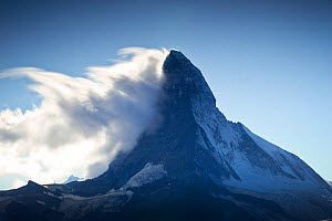 Banner cloud formation around the summit of the Matterhorn (4,478m), Switzerland, September 2011. - Benjamin  Barthelemy