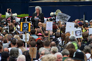Rock star and activist Brian May address marchers at anti badger cull march, London, 1st June 2013.  -  Terry Whittaker